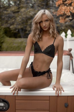 Florina independent escorts