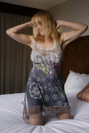 Fanny slut escort girl