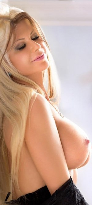 Enolah outcall escorts in Claremore