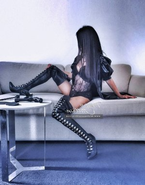 Kyliana escorts